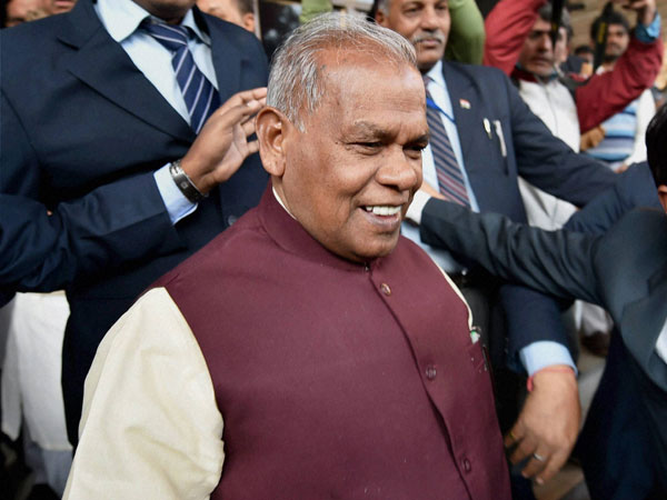 Bihar: Manjhi in another controversy