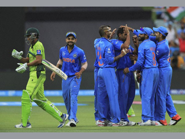India defeats Pakistan