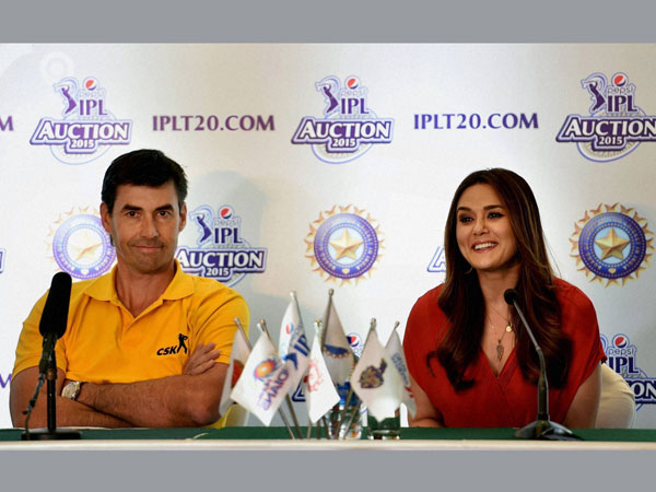 Stephen Fleming and Preity Zinta addressing the media