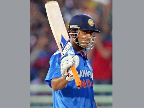 Dhoni's poor batting form is a worry