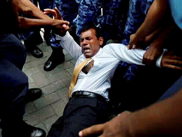 China distances itself from Nasheed