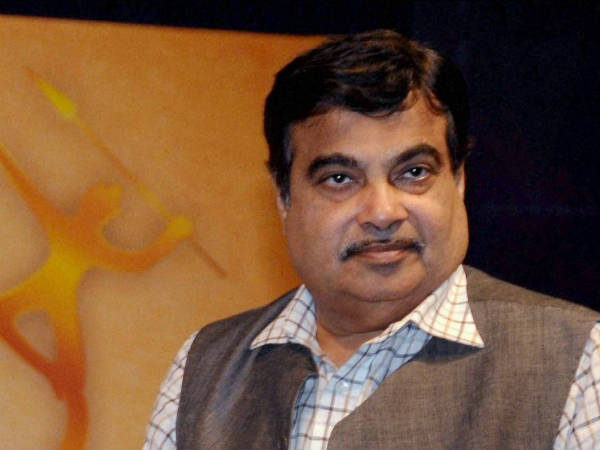Essar was wooing Gadkari, says Congress