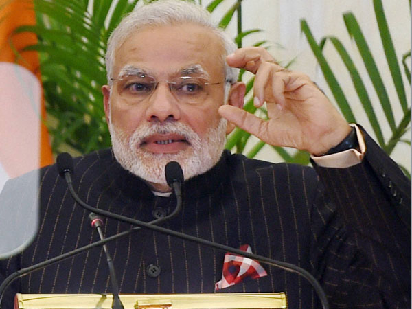Modi's special suit to be auctioned off?