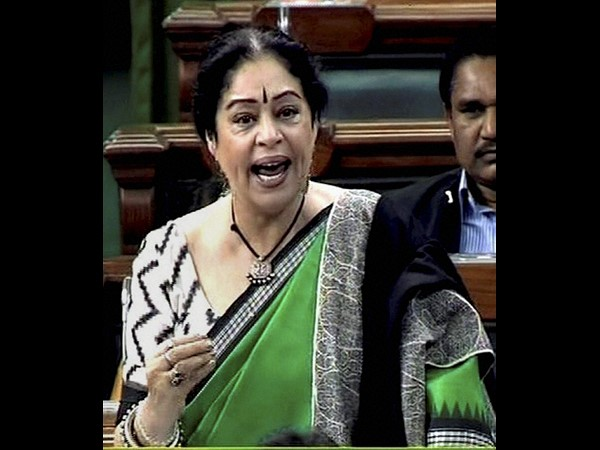 Kirron Kher makes bold statement in Parl