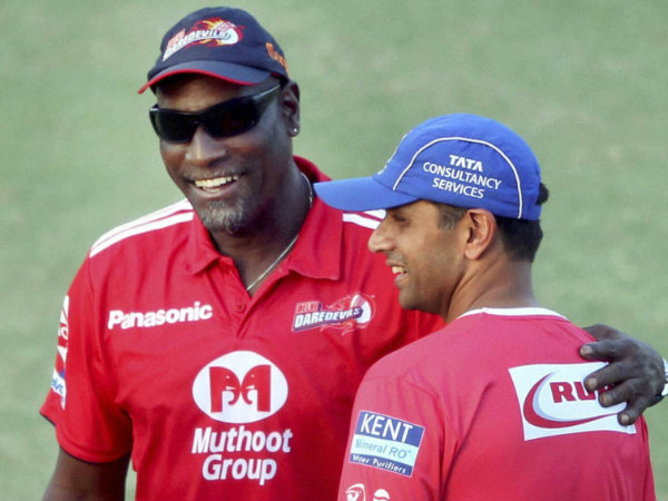 File photo of Vivian Richards (left)