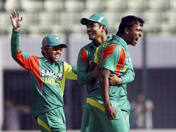 File photo of Rubel Hossain (right)