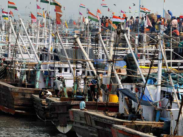 Pak releases 57 Indian fishing boat