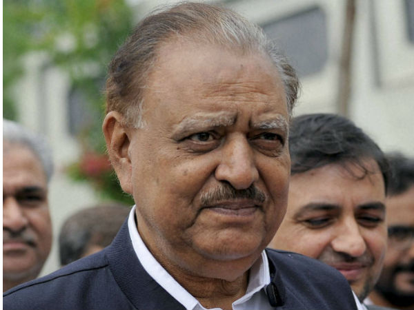 Pakistan wants friendship with India: Mamnoon