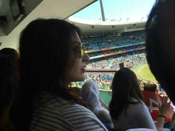 Anushka before Virat's wicket