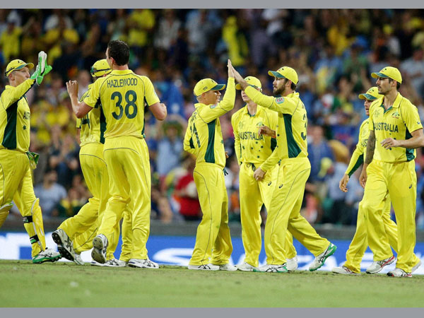 Australian players celebrating a wicket at World Cup 2015