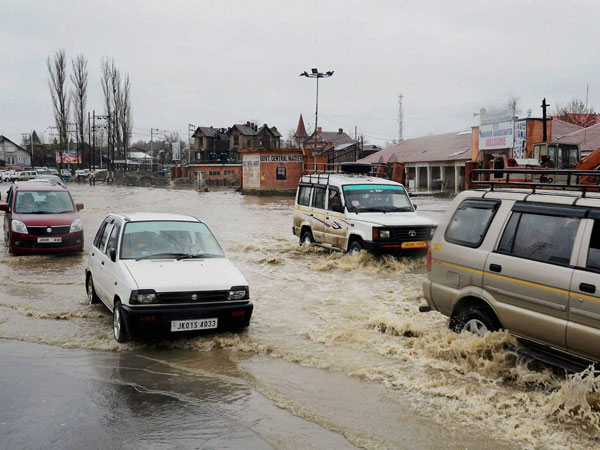 Flood horror haunts Srinagar, again!
