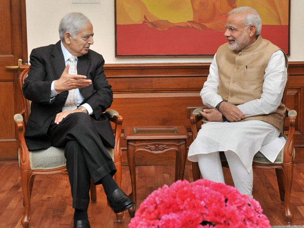J&K CM Mufti Mohammad Sayeed meets Narendra Modi, briefs him about situation in the state.