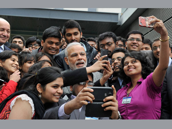When PM Modi took selfie with Indian students in France.