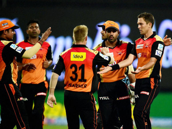 Sunrisers Hyderabad Trent Boult with team mates celebrates the wicket of RCB batsman during IPL 2015 match