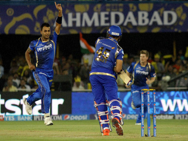 Stuart Binny of Rajasthan Royals celebrates the wicket of Rohit Sharma