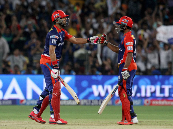 Yuvraj and Agarwal during their partnership against KXIP