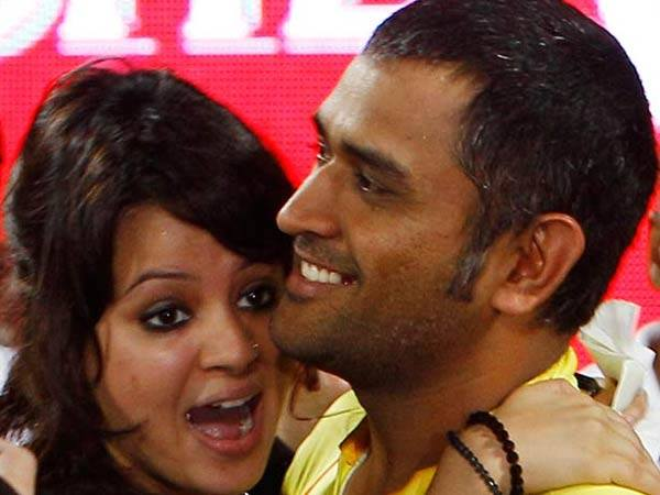 Sakshi with MS Dhoni