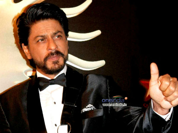 Shah Rukh Khan honoured with Dadasaheb Phalke Film Foundation Award .
