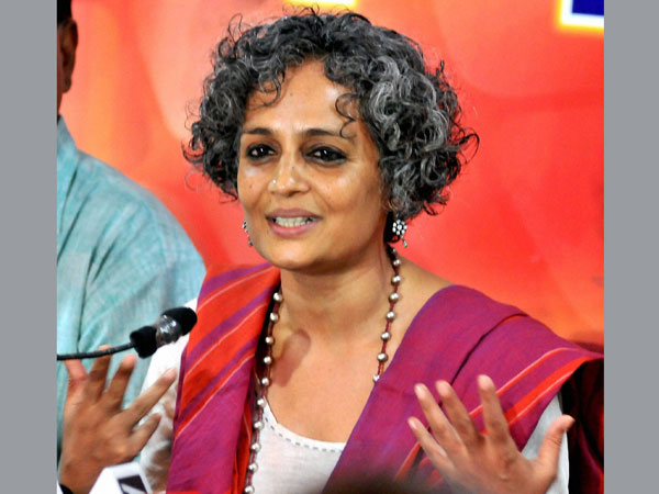 SC stays criminal contempt proceedings against Arundhati Roy. PTI file photo