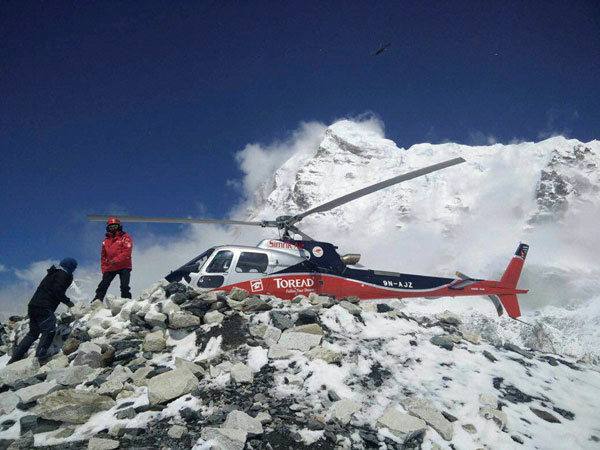 15 Everest avalanche victims identified