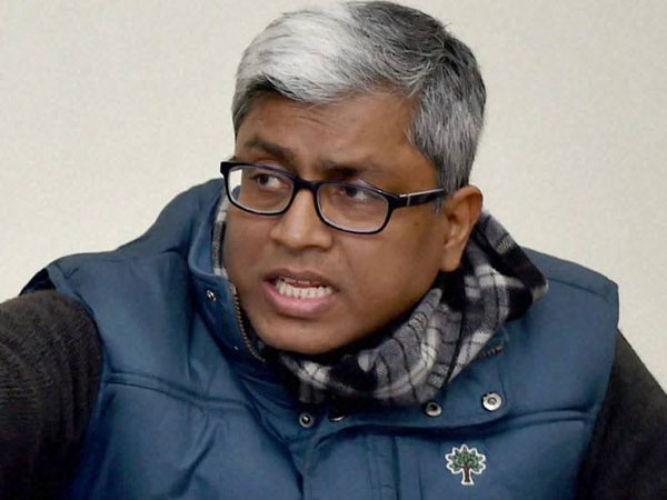 Ashutosh's solo cry performance