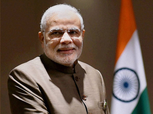 PM extends wishes to Gujarat, Maha