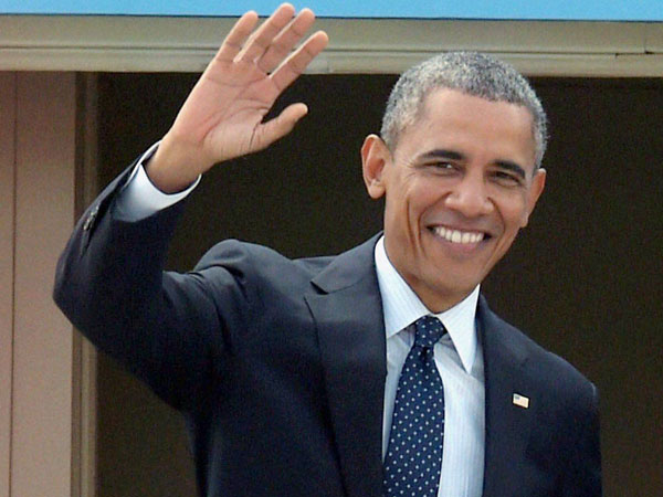 Obama congratulates Cameron on poll win