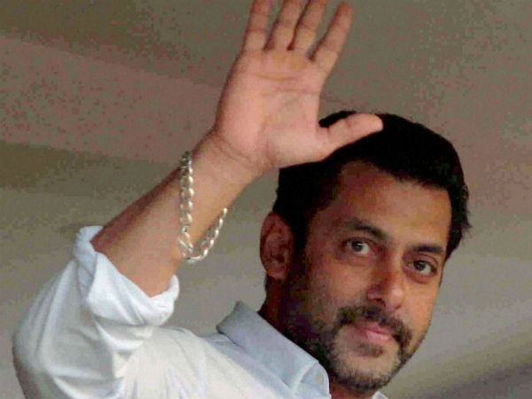 Salman Khan thanks supporters, says shukriya meherbani for prayers.