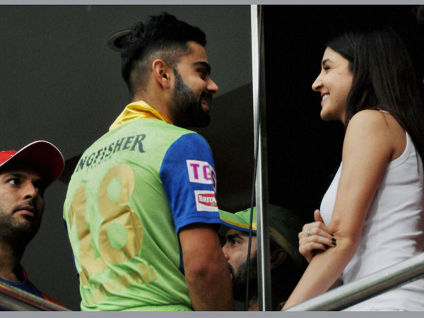 Virat, Anushka at Chinnaswamy Stadium