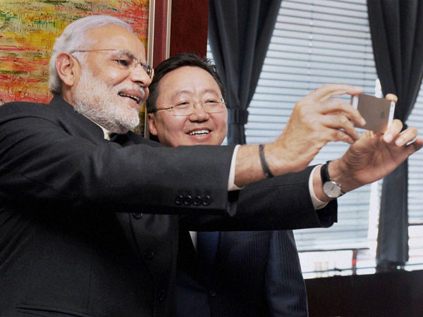 Narendra Modi clicks a selfie with President of Mongolia