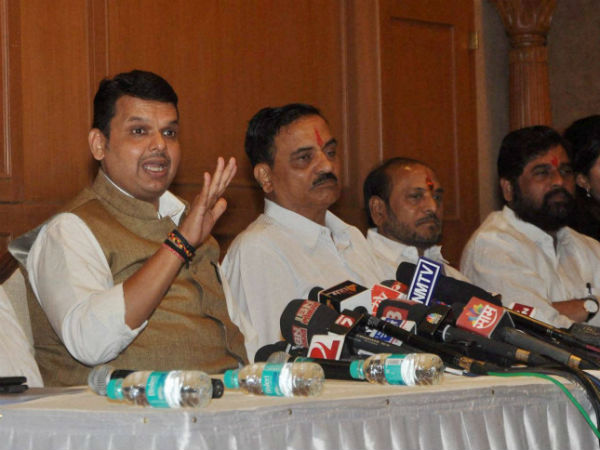 Maha Govt to curb illegal sand mining