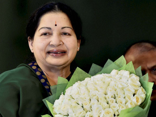National anthem cut short, insulted at Jayalalithaa's swearing-in ceremony?