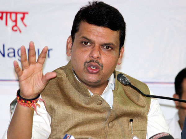 Sena didn't agree on seat-sharing: Fadnavis on poll-eve split.