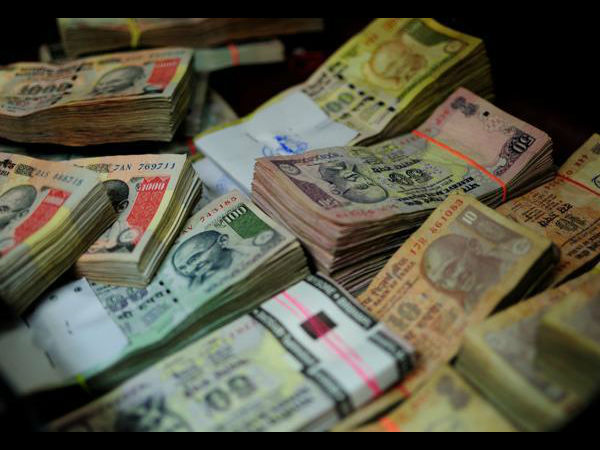 Fake currency pumped in India