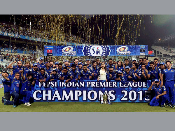 File photo: Mumbai Indians' players celebrate their title triumph in 2015