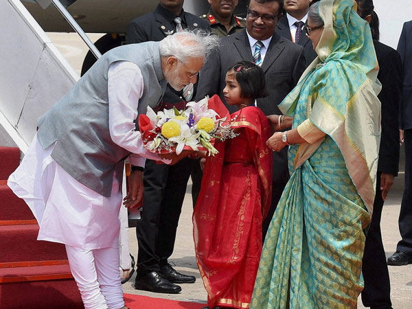 PM reciprocates the warm welcome