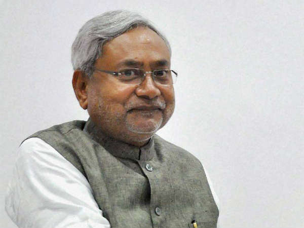 Nitish launches 'Badh Chala Bihar'