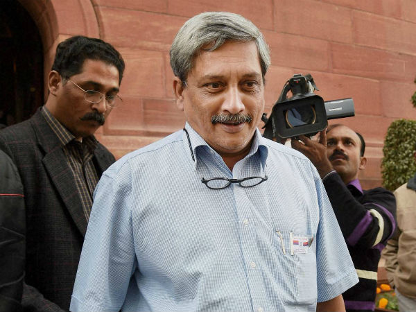 Parrikar blames UPA for delayed projects