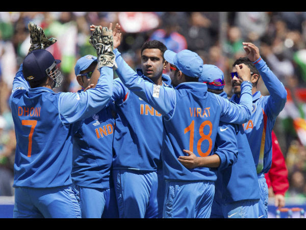 File photo: Ashwin celebrates a wicket with Dhoni and other team-mates