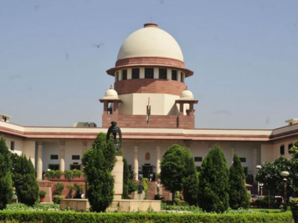 SC issues notices to political parties