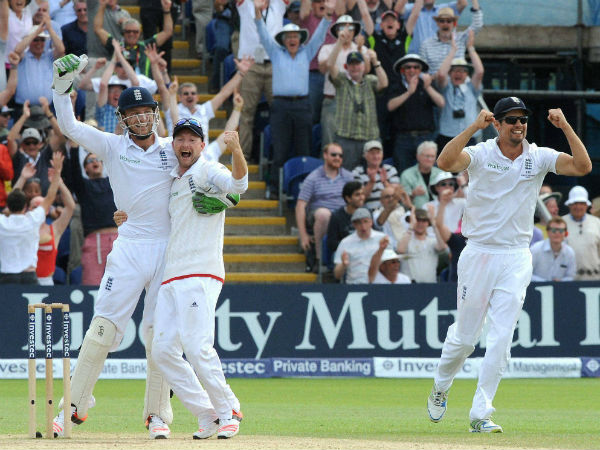 Alastair Cook, right, celebrates with teammates Jos Buttler, left, and Adam Lyth, second left, after beating Australia