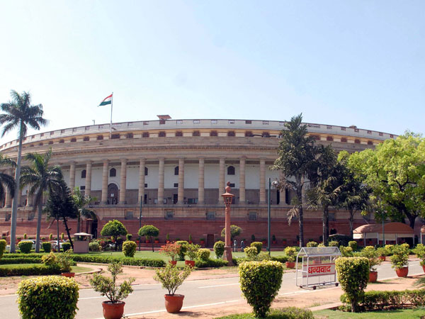 Govt ready for talks with Congress