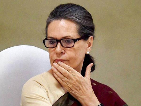 Sonia Gandhi Attacks Modi Says Pm Goes Into Maun Vrat