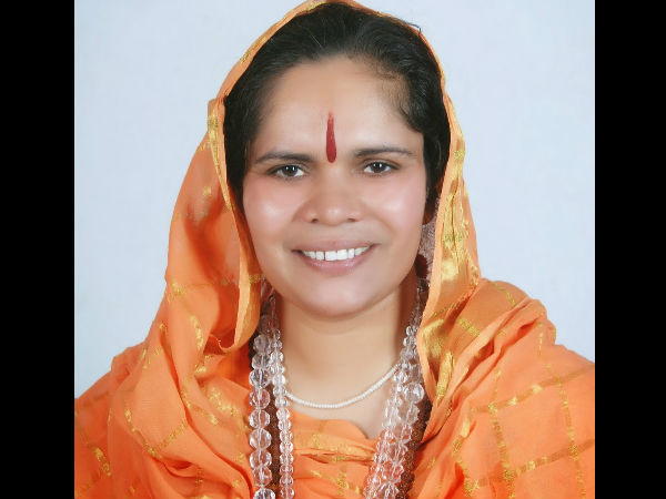 MPs protest against Sadhvi Prachi