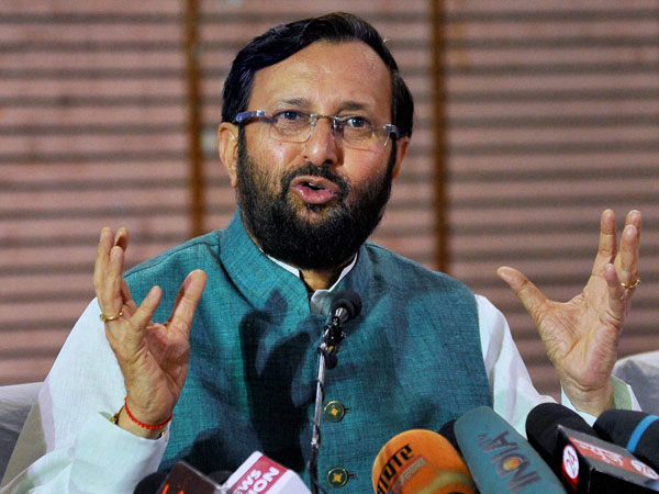 Government mulling free fodder for cow owners: Javadekar.