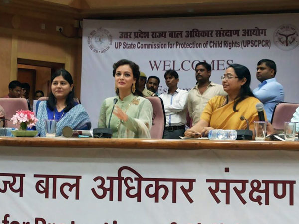 Dia Mirza addressing students