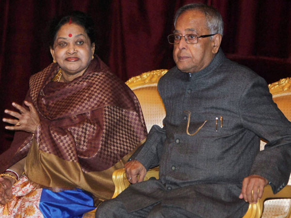 Cremation of Pranab Mukherjee's wife on Wednesday .