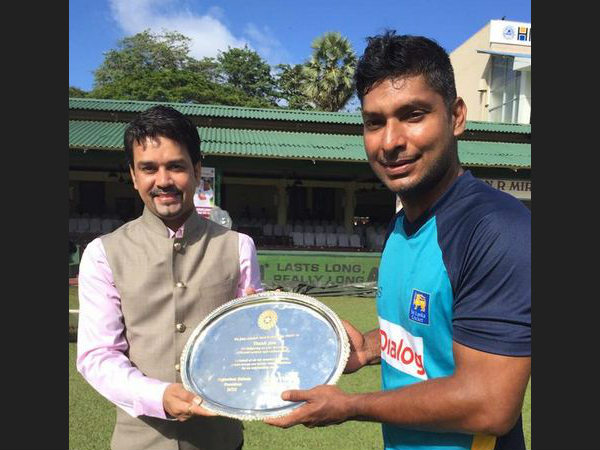 Anurag Thakur (left) presents a memento to Kumar Sangakkara before start of play. Photo from BCCI's Twitter page