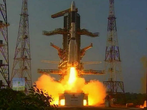 GSAT-6 satellite successfully lifts off