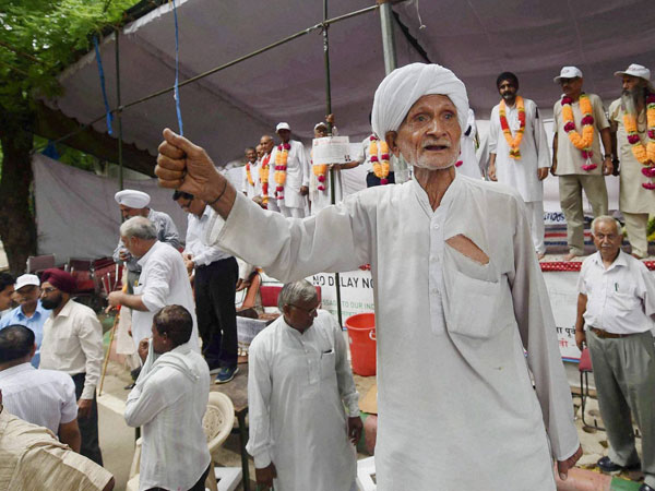 OROP row: Small gaps need to be filled, says Govt; veterans unhappy.